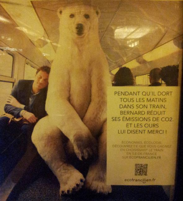 L'un des visuels de la campagne d'affichage, avec un bel ours polaire