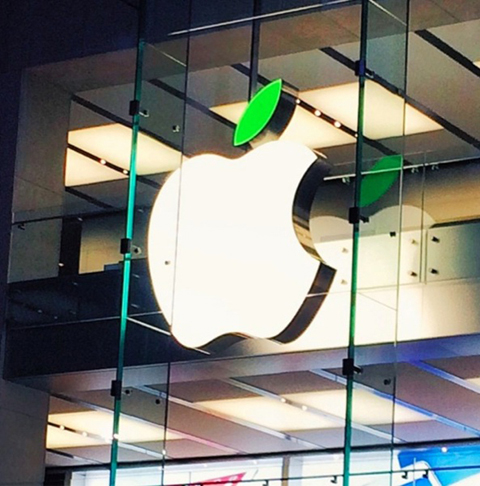 apple-earthday2.jpg
